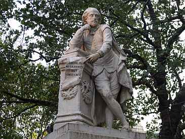 Shakespeare_monument_sm